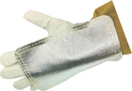 Heat guard welding glove